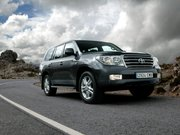 Toyota Land Cruiser Поколение 200 Внедорожник